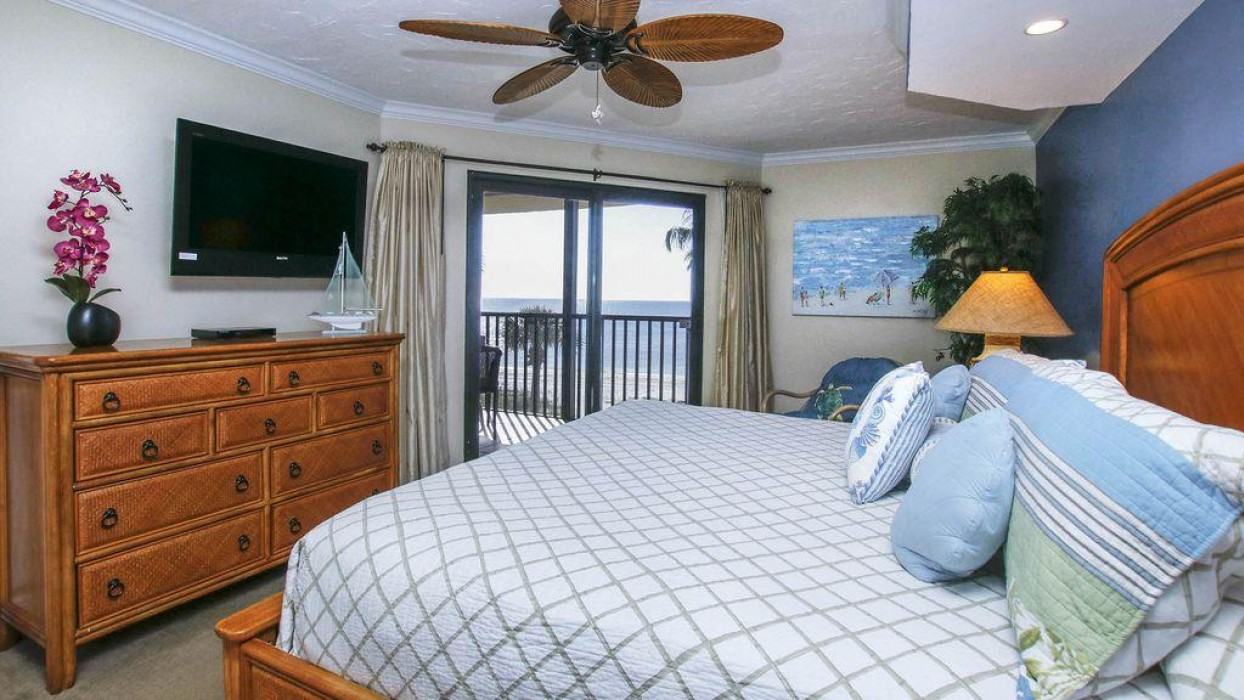 Master Bedroom with a view to the Gulf and access to the Lanai