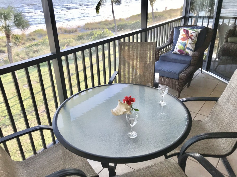 Another view of the lanai and its comfortable furniture