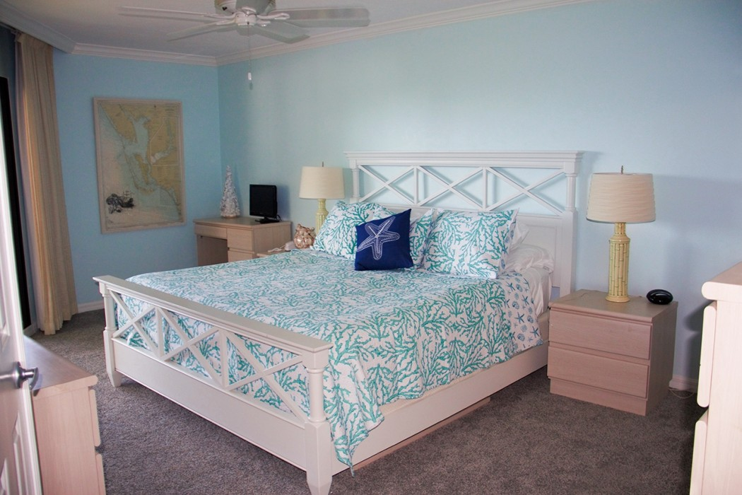 Master Bedroom with California King Bed and Direct Access to the Lanai