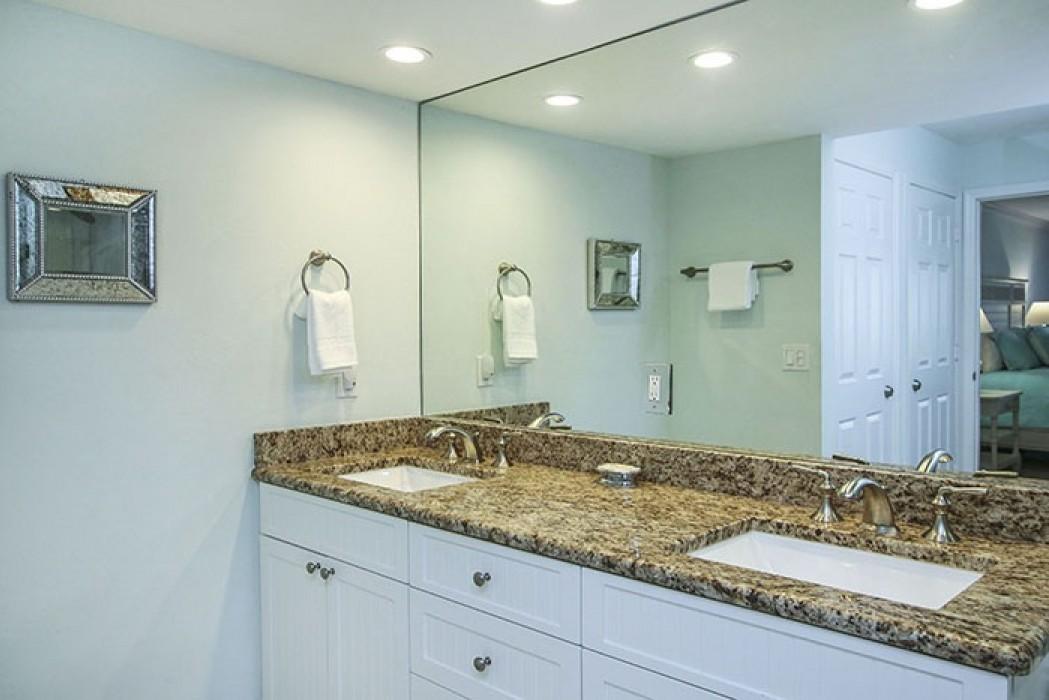 PS D5 Master Bathroom b1