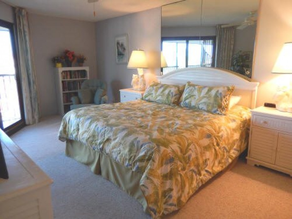 Master Bedroom with king size bed with flat screen TV