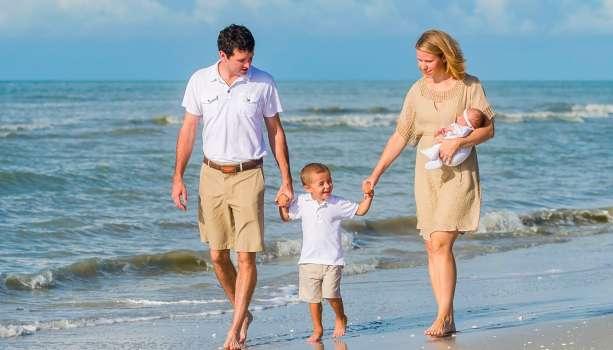 Family Beach 01